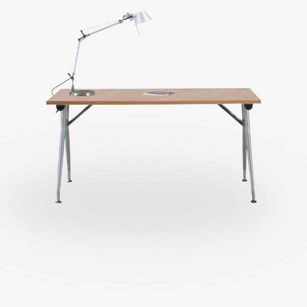 Triumph LA-Everyday-folding tables-001